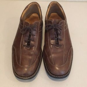 Johnston and Murphy's size 11
